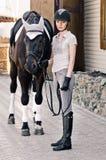 Häst och kvinna Fotografering för Bildbyråer