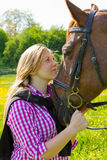 hästkvinnabarn Fotografering för Bildbyråer