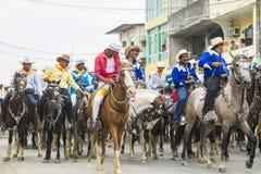 Hästritt av montubioen i Salitre, Ecuador Royaltyfria Foton