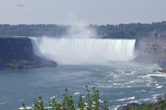 Hästskonedgång Niagara Falls Ontario Kanada Fotografering för Bildbyråer