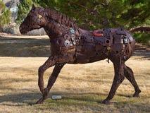 Hästskulptur på nyckelkanjonsemesterorten arkivbilder