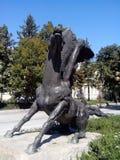 Häststaty i Silistra Arkivfoto