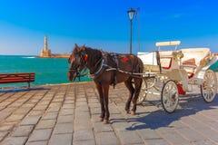 Hästvagn, gammal hamn, Chania, Kreta, Grekland Royaltyfria Foton