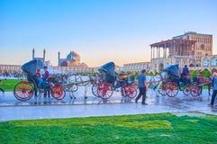 Hästvagnarna i Isfahan, Iran arkivfoto