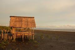 Häuschen auf der Küste Stockfoto