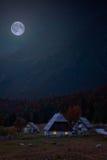 Häuschen in den Alpen Lizenzfreie Stockfotografie