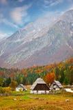 Häuschen in den Alpen Stockfoto