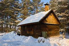 Häuschen im Winter Lizenzfreie Stockfotos
