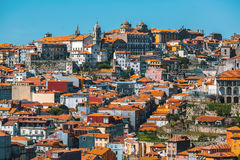 Häuser in altem Porto im Stadtzentrum gelegen, Portugal Reise Stockbild