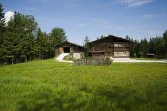 Häuser beim Salzburger Freilichtmuseum in Österreich Stockbilder