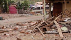Häuser in der Küste von Ecuador verwüstet durch Erdbeben stockfotos