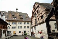 Häuser in einer kleinen bayerischen Stadt lizenzfreie stockfotografie