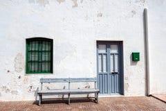 Häuser im Dorf von Almadraba von Monteleva, nahe der Ausnutzung des Salzes im Naturpark von Cabo De Gata, Almeria, stockfotografie