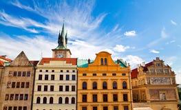 Häuser in Prag Stockfotografie