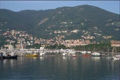 Häuser um den Hafen von La Spezia Lizenzfreies Stockbild