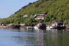 Häuser und Boote von Meloey Lizenzfreies Stockbild