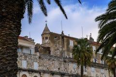 Häuser und Kathedrale des Heiligen Domnius, Dujam, Duje, alte Stadt des Glockenturms, Spalte, Kroatien Stockbild