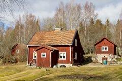 Häuser und Umgebung in Schweden. Lizenzfreie Stockfotografie