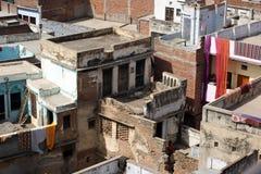 Häuser in Varanasi, Indien Stockbild