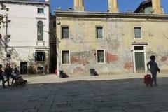 Häuser in Venedig lizenzfreie stockbilder