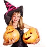 Häxabarn på det Halloween partit. Royaltyfri Foto