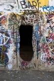Hål i väggen av övergiven byggnad Fotografering för Bildbyråer