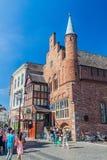 HÅLABOSCH, NEDERLÄNDERNA - AUGUSTI 30, 2016: Moriaanen som bygger den äldsta tegelstenbyggnaden i Nederländerna i Den Bosch royaltyfria foton