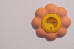 Hålighet på väggen av barns rum arkivfoton