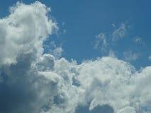 Håll din fot på golvet, men ditt huvud i molnen Royaltyfria Bilder
