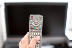 hålla ögonen på för tv Royaltyfri Bild