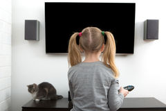hålla ögonen på för tv arkivbilder