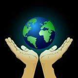 Hålla jorden för framtid Royaltyfria Foton