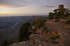 Hållande ögonen på torn Grand Canyon royaltyfri foto