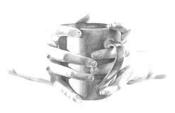 Hållande kaffe rånar koppen i handillustration Royaltyfri Fotografi