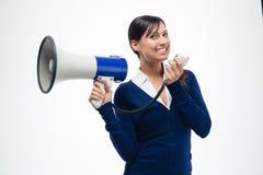 Hållande megafon för gladlynt affärskvinna Royaltyfria Foton