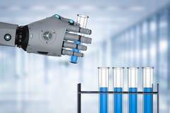 Hållande provrör för Robotic hand Arkivbilder