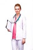 Hållande skrivplatta för yrkesmässig läkare Royaltyfri Bild