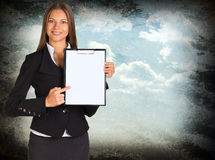 Hållare för affärskvinnainnehavpapper Fotografering för Bildbyråer