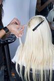 hår för 3 f8orlängningar Arkivfoto