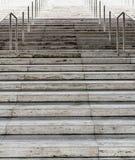 Hård utmanande väg till klättring för framgångbegreppstrappuppgång Royaltyfri Fotografi