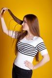 hårproblemkvinna arkivfoto