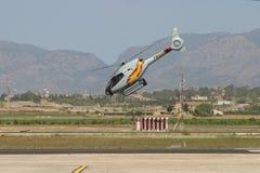 Hélicoptère acrobatique de patrouille d'ASPA pendant l'exposition photo libre de droits
