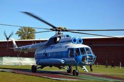 Hélicoptère baltique de lignes aériennes, décollage Image stock