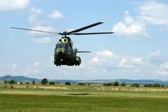 Hélicoptère d'atterrissage Image libre de droits