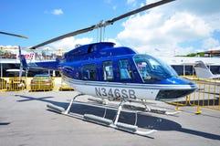 Hélicoptère de Bell à Singapour Airshow 2010 Photo libre de droits