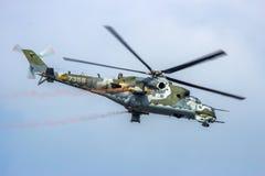 Hélicoptère de combat de derrière du mil Mi-24 Photo libre de droits