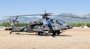 Hélicoptère de combat hellénique de l'armée AH-64A Apache photo stock