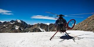 Hélicoptère de montagne - Nouvelle Zélande Image stock