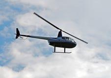 Hélicoptère de Robinson R-44 Image libre de droits