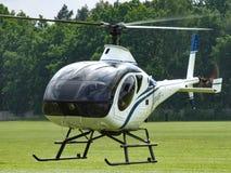 Hélicoptère de Schwizer 330 dans Goraszka Photo libre de droits